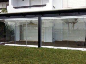 סגירת מרפסת זכוכית (אקווריום)